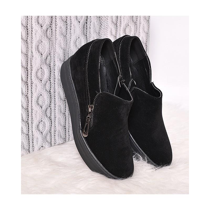 Jarní dámské kotníkové boty na platformě černé barvy - manozo.cz c6bbc65f25