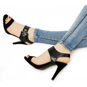 Elegantní dámské sandály na podpatku černé barvy
