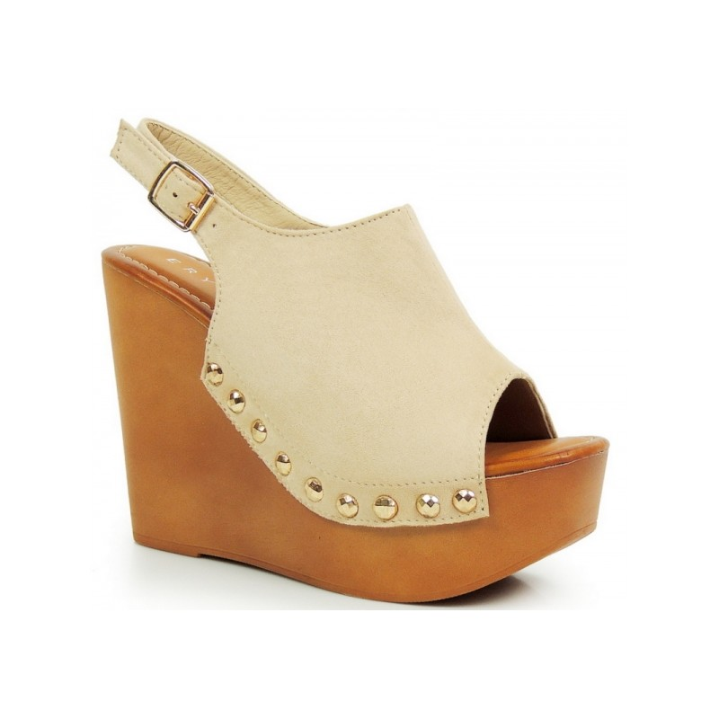 Stylové dámské sandály na platformě béžové barvy - manozo.cz efffda4090