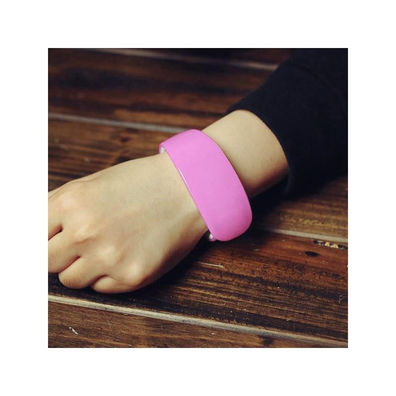 ... hodinky Růžové dámské silikonové hodinky LED. Předchozí aaa25d26ca7