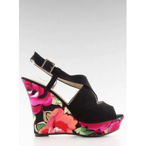 Černé sandály pro dámy na platformě