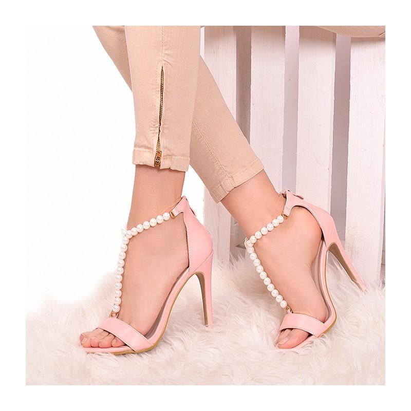 1983c6030ecb DÁMSKÁ OBUV Sandály Vysoké Růžové dámské sandály na tenkém podpatku.  Předchozí