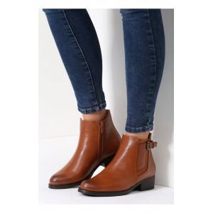 Zimní dámská obuv hnědé barvy