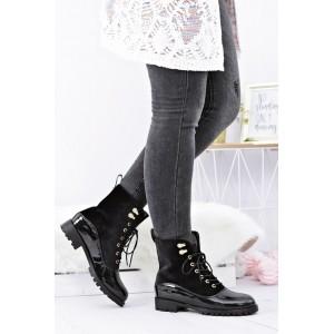 Teplá dámská kotníková obuv černé barvy