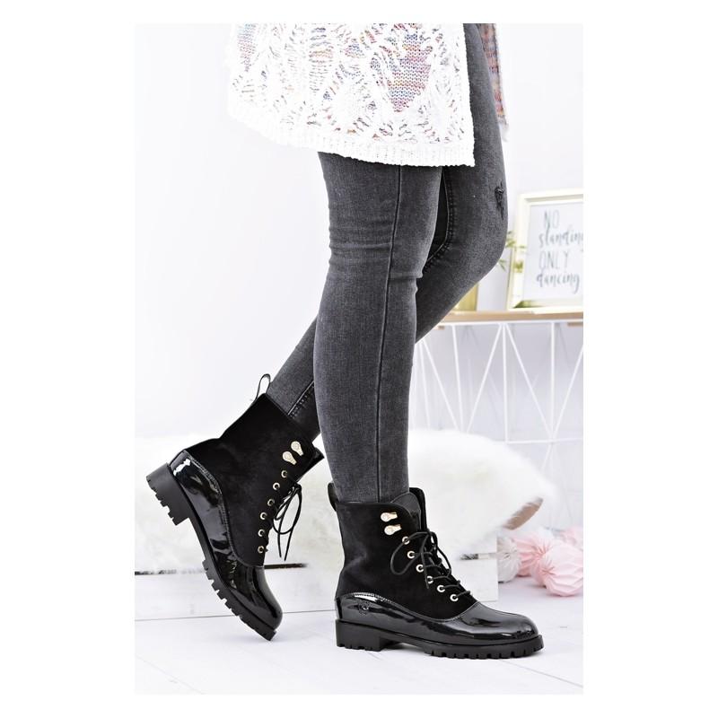 Teplá dámská kotníková obuv černé barvy - manozo.cz a23a6a3d18