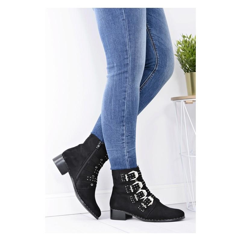 bd614066864 ... obuv Černé dámské kotníkové boty s přezkami. Předchozí