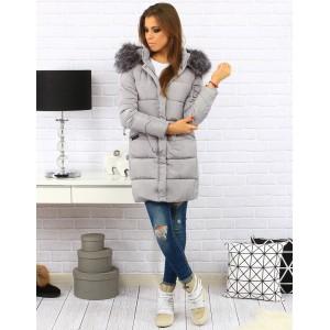 Šedá dámská prošívaná bunda na zimu s kapucí