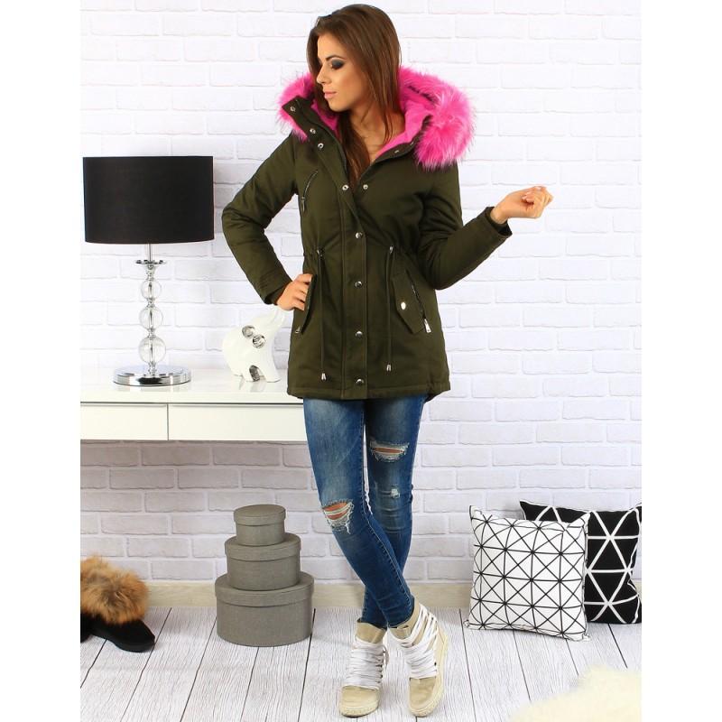 80b1e800a3e5 ... zateplená dámská bunda na zimu s kapucí a růžovou kožešinou. Předchozí