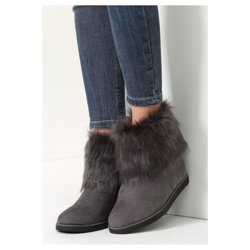 a53e5be1e Dámské trendy kotníkové zimní boty na plném vysokém podpatku v šedé ...