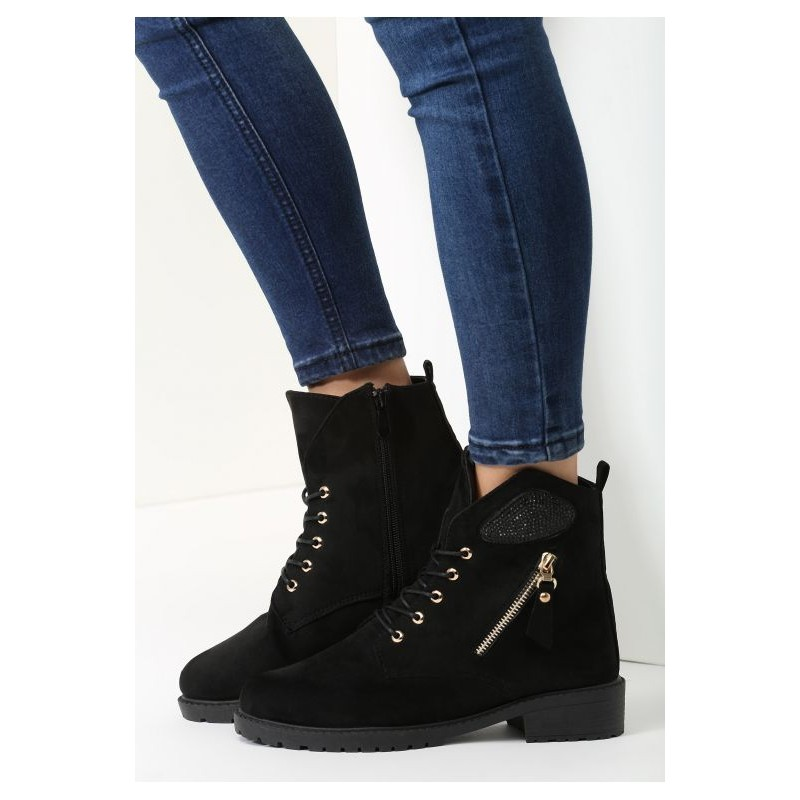 ... elegantní zimní kotníkové boty na nízkém podpatku se šněrováním v černé  barvě. Předchozí fd07238a55