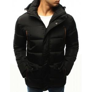 Pánská prodloužená bunda na zimu v černé barvě s kapucí a oranžovým lemováním
