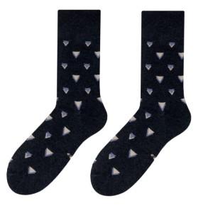 Moderní pánské ponožky tmavě šedé barvy s elegantním motivem