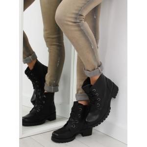 Černé dámské kotníkové boty na šněrování s tlustou podrážkou