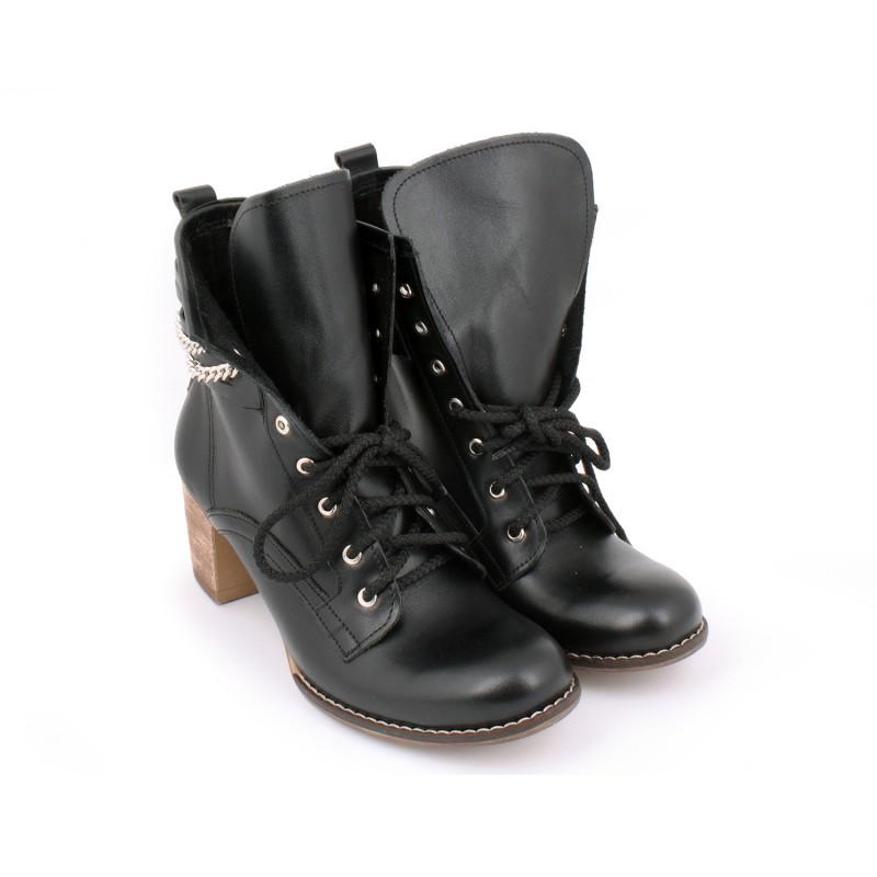 Dámské kožené boty na podpatku černé barvy - manozo.cz c8284d5471