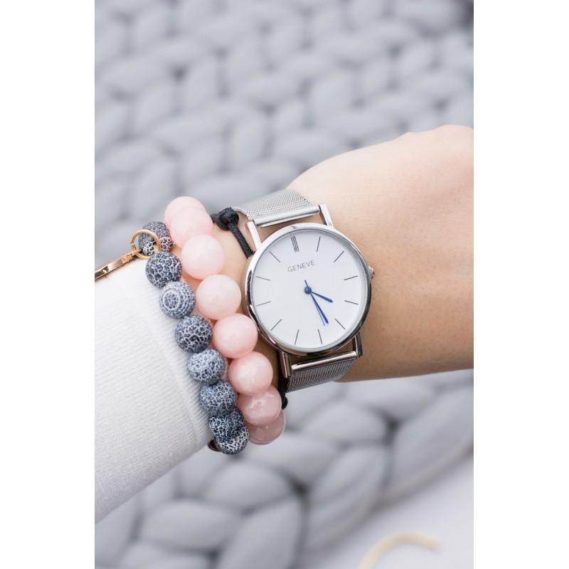 e3a947f5c28 Elegantní stříbrné dámské hodinky s kovovým páskem a modrými ručičkami ...