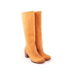 Moderní kožené kozačky pískové barvy pro dámy na vysokém  podpatku