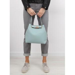 Světle modré dámské kabelky do ruky 2 v 1 ke každému outfitu