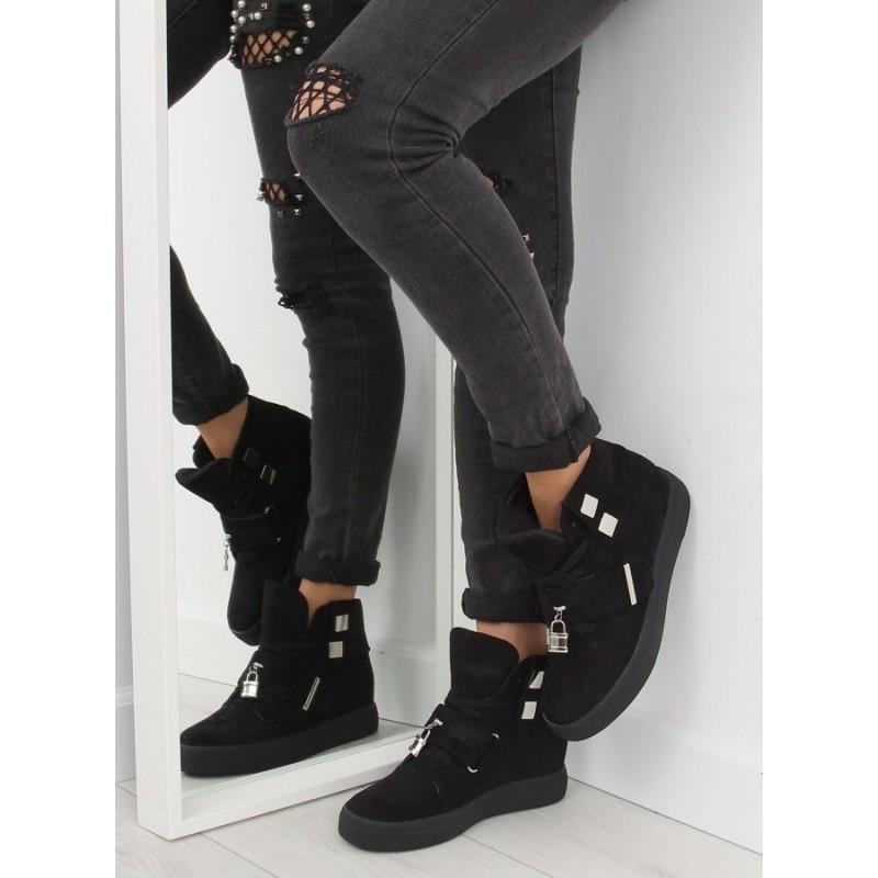 ... dámské kotníkové boty černé barvy se skrytým podpatkem. Předchozí 4ebbafbdec