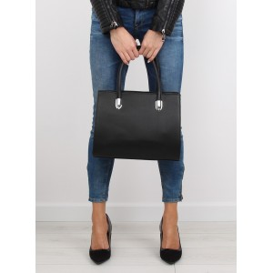 Jednoduchá dámská černá kabelka do ruky bez vzorů