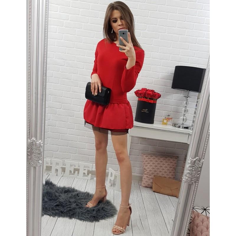 6204092b15c ... šaty Červené krátké dámské šaty s dlouhým rukávem a volánovou sukní.  Předchozí