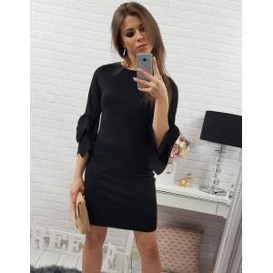 Elegantní dámské šaty nad kolena v černé barvě s tříčtvrtečním rukávem