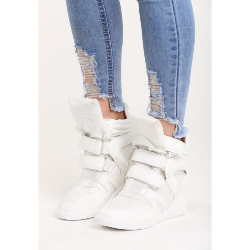 ... obuv Sportovní dámská kotníková obuv na platformě bílé barvy. Předchozí 8d09be240d