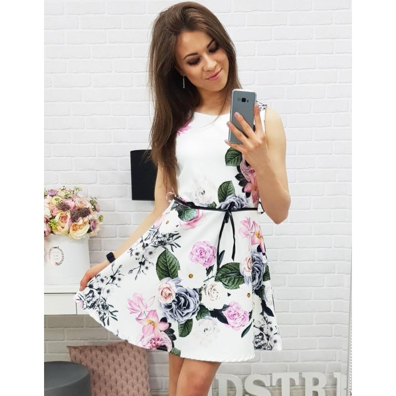 ... šaty Krásné letní šaty bez rukávů v bíle barvě s květinami. Předchozí f326a99100