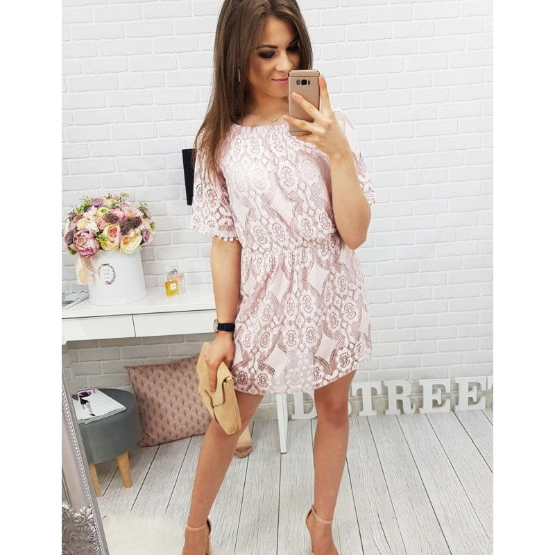 ... letní šaty s krátkými rukávy růžové barvy. Předchozí 5b314db67d