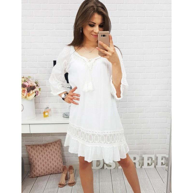... letní šaty v bíle barvě. Předchozí 55b46724fc