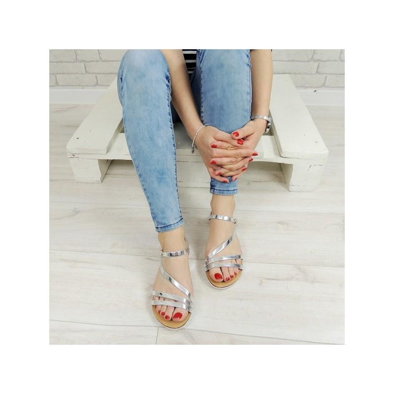 Dámské sandále stříbrné barvy 4faf341736