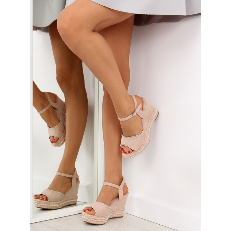 Dámské sandály na platformě béžové barvy 9e446d39af