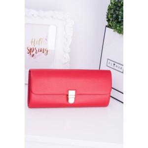 Společenské kabelky v červené barvě
