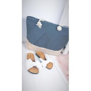 Plážové tašky a košíky s pruhovaným motivem