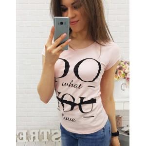 Stylová trička růžové barvy s černým nápisem
