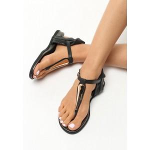 Černé sandály dámské na nízkém podpatku