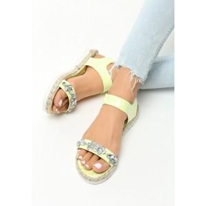 Letní sandály s ozdobnými kamínky