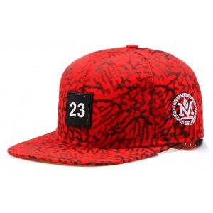 Čepice s kšiltem červené
