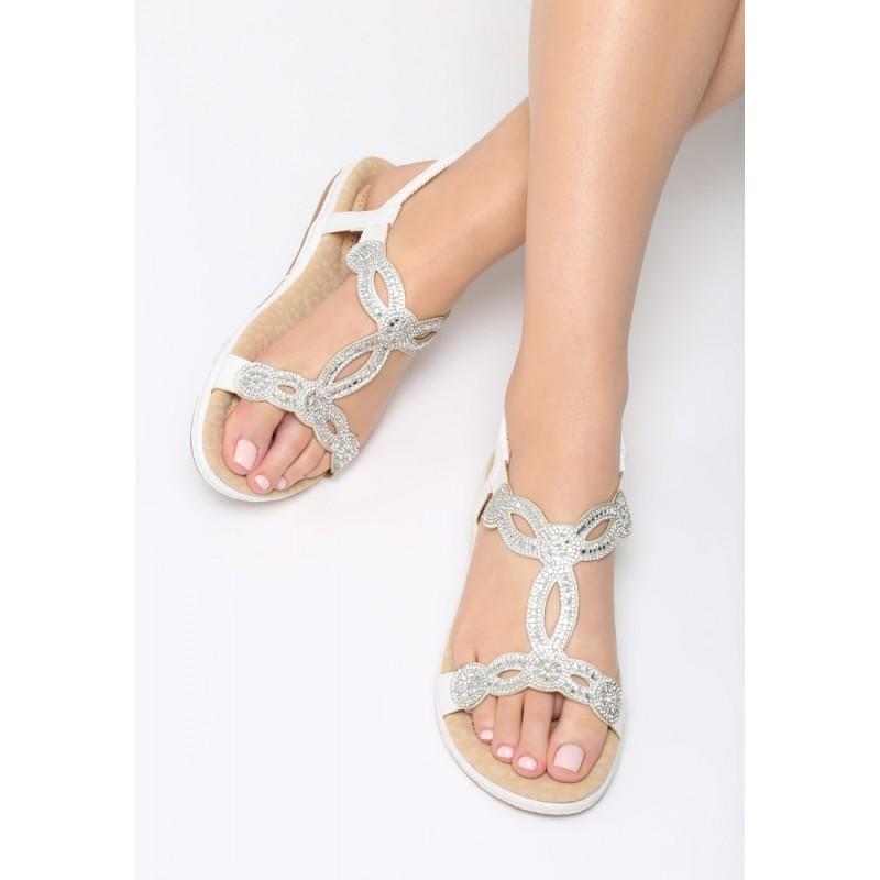 de9b824a3b02 Dámské bílé sandály s ozdobnými kamínky