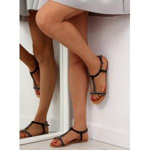 Černé sandály s přezkou
