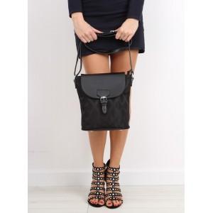 Černá dámská kabelka s přezkou