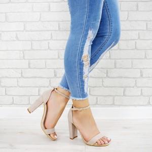 VELIKOST 40 Dámská letní obuv na vysokém podpatku