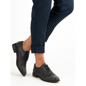 Boty na jaro černé barvy