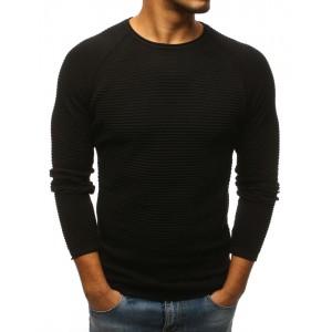 Elegantní pánský svetr černé barvy s kulatým výstřihem