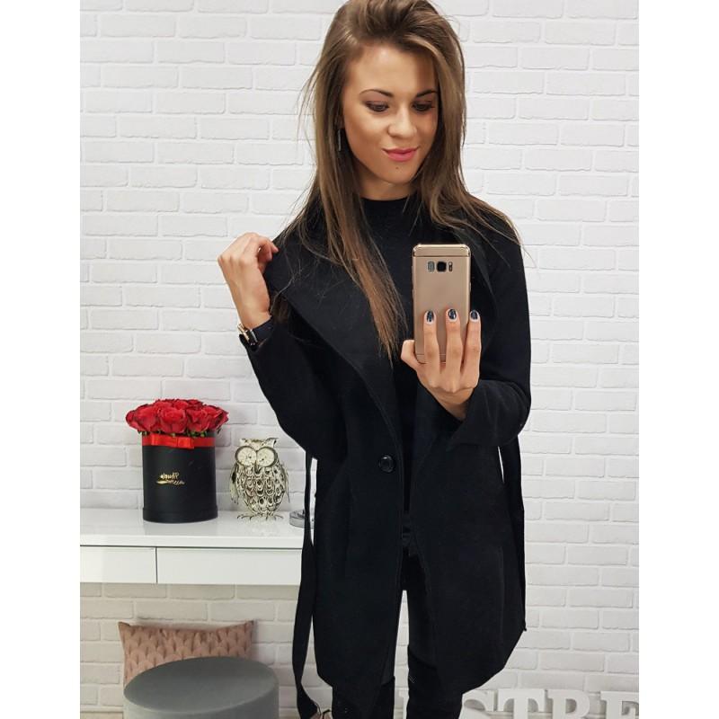 26600a64502 Zimní kabát dámský v černé barvě s páskem krátký