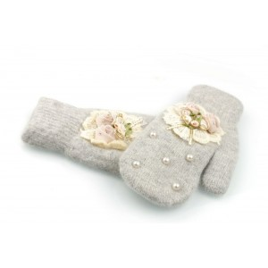 Dámské zimní rukavice s aplikací květů