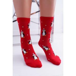 Dámské červené vánoční ponožky s motivem tučňáků
