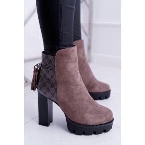Hnědé vysoké dámské zimní boty se zipem