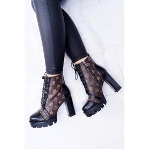 Tkaničkové zimní dámské boty na vysokém podpatku