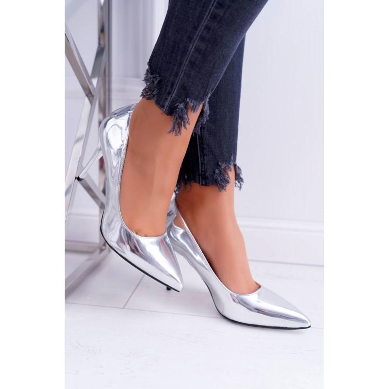 Stříbrné luxusní lodičky s ostrou špičkou a na vysokém podpatku 7d1e7c63b9